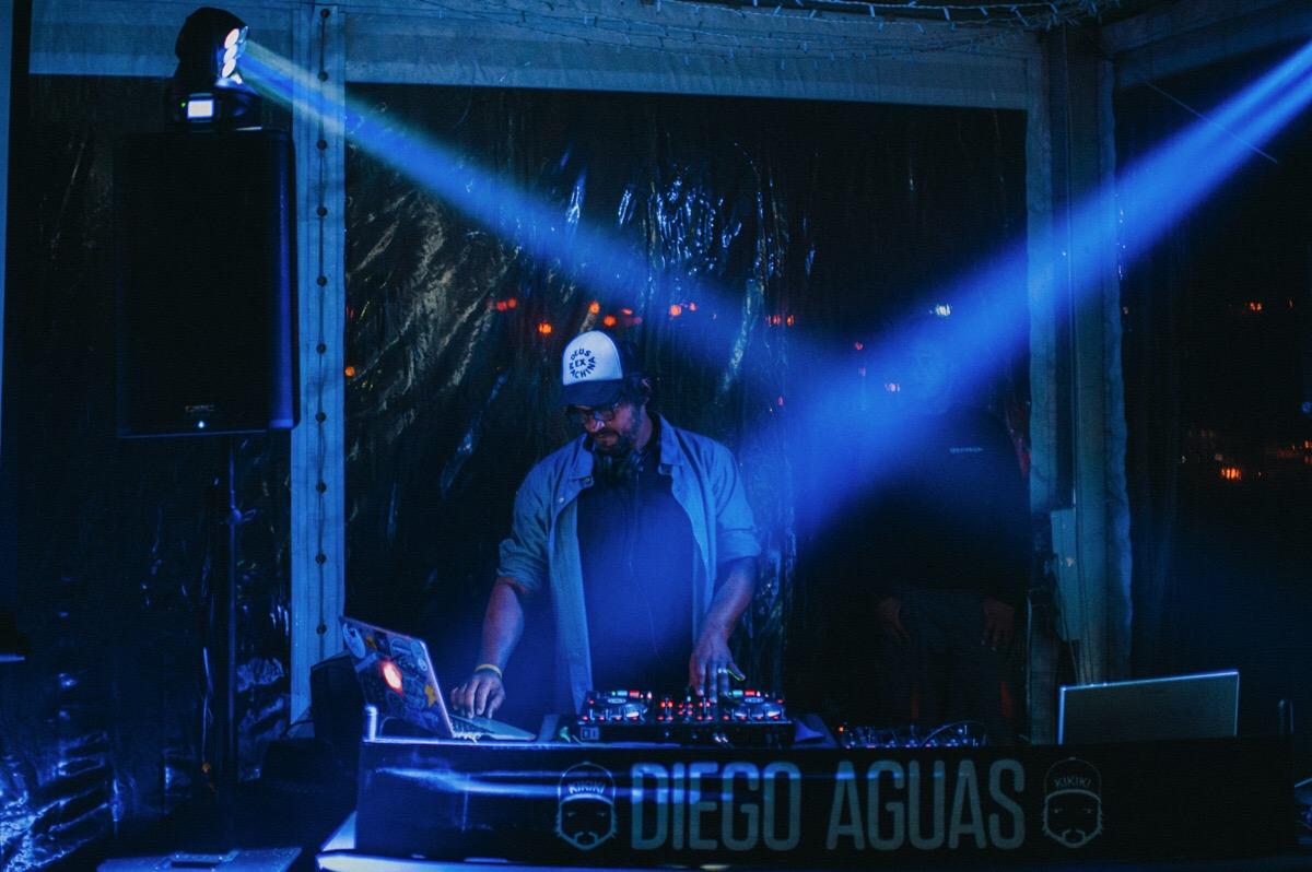 ALQUILER DE EQUIPO DJ
