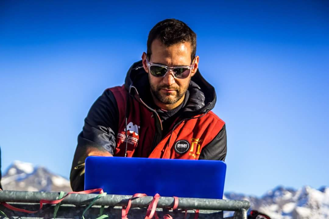 <b> JAVI MORATA DJ </b>